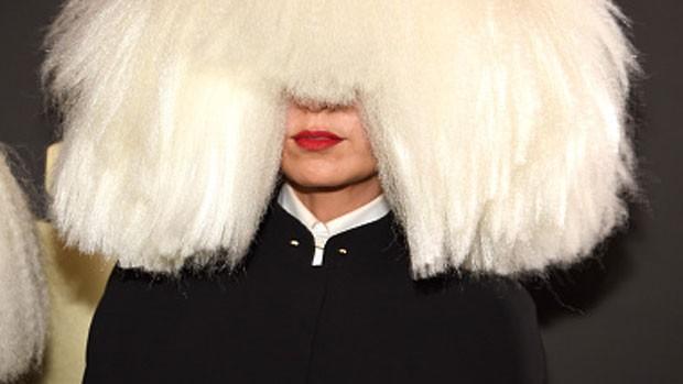 sia-grammys-wig