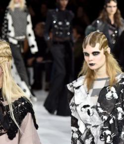 Marc Jacobs 2016時尚大片曝光!巨星大咖你認得出幾個?
