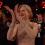 【影片】女神妮可基德曼因為奇怪的拍手姿勢火了!