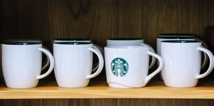 starbucks-mugs