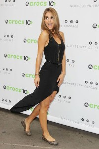 New York, NY- 7/31/12 - EXTRA host Maria Menounos and Crocs founders ring the NASDAQ bell in celebration of Crocs 10th Anniversary. (Maria is wearing Crocs) -PICTURED: Maria Menounos -PHOTO by: Amanda Schwab/Starpix -FILENAME: AMR4632325 -LOCATION:Times Square