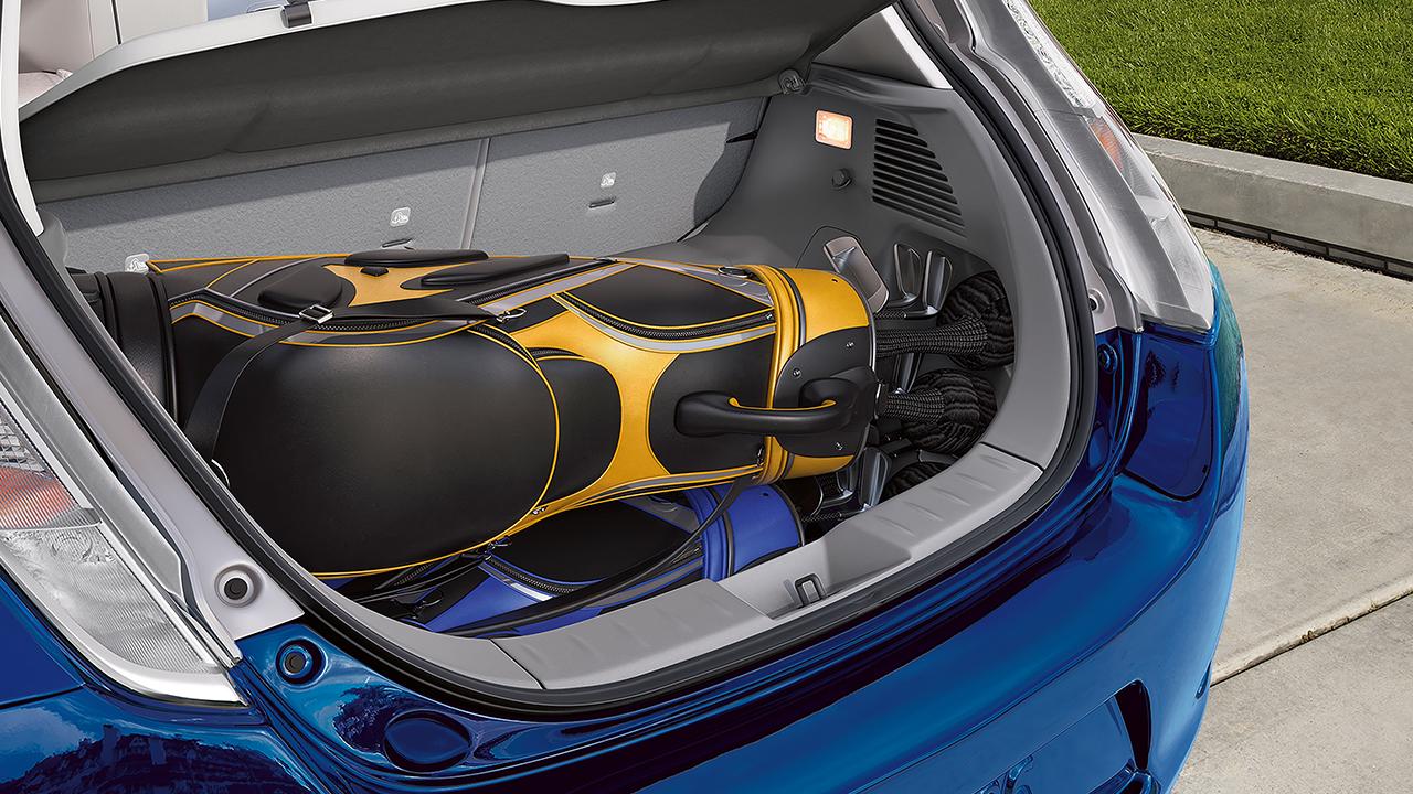 2016-nissan-leaf-rear-cargo-original